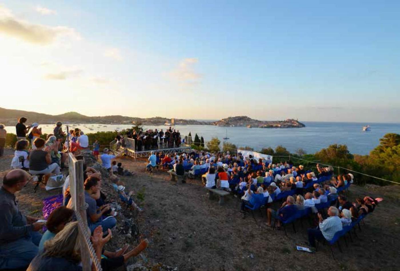 Villa romana delle Grotte, Elba Isola Musicale d'Europa - Festival internazionale della musica www.elba-music.it (foto di George Guida)